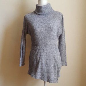 Free People Gray Sweater Size Small